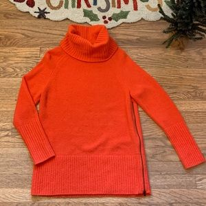 🌟BANANA REPUBLIC MERINO WOOL BLEND SWEATER 🐢
